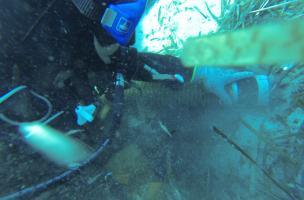 décapage par aspirateur (Île Rousse, Corse)