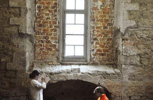 Relevé du bâti de la chapelle de Bonne-Nouvelle réalisé dans le cadre de l'étude du bâti du couvent des Jacobins, Rennes (Ille-et-Vilaine), 2013.  Cette étude permettra de comprendre l'histoire architecturale du couvent.