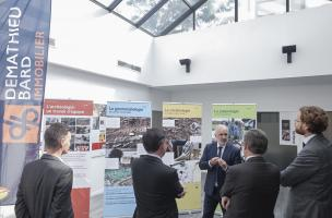 Rencontre dans le cadre de la signature d'une convention-cadre de collaboration entre l'Inrap et le groupe Demathieu Bard Immobilier d'une durée de 3 ans