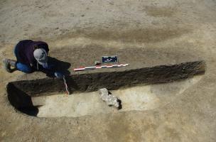 Vue d'une fosse atelier en cours de fouille, à Bitry