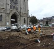Vue du chantier de fouille de l'ancienne église Saint-Germain du XVIIIe siècle détruite en 1924, au pied de l'église actuelle à Flers (Orne), 2014.