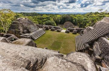 Archéologie du pouvoir Maya