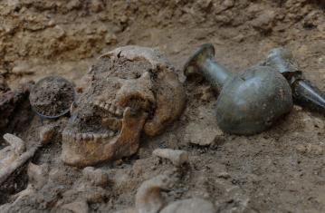 Le verre en contexte archéologique sur le site d'Evrecy