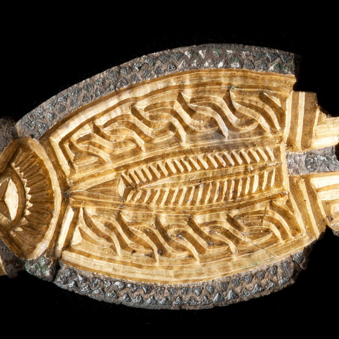 Parures et objets de prestige du Moyen-âge