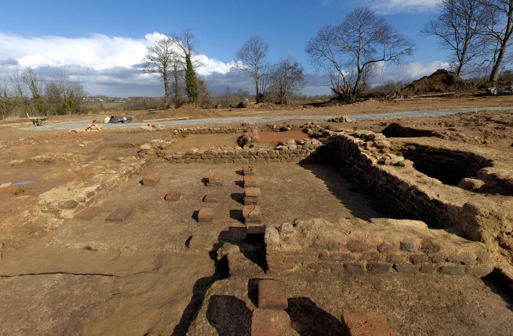 Vues 360° de la fouille de la villa gallo-romaine de Taden (Côtes-d'Armor)